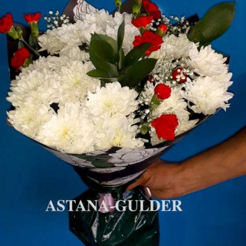 zakazat' buket cvetov s dostavkoj